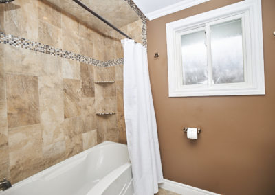 20_11 Colonial Street_Bathroom