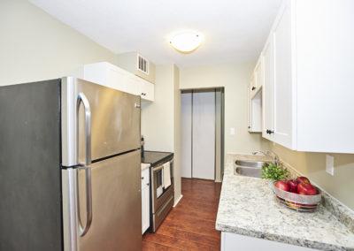 8_6400 Huggins Street_Modern Kitchen