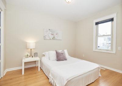 13_212 Broadway_bedroom